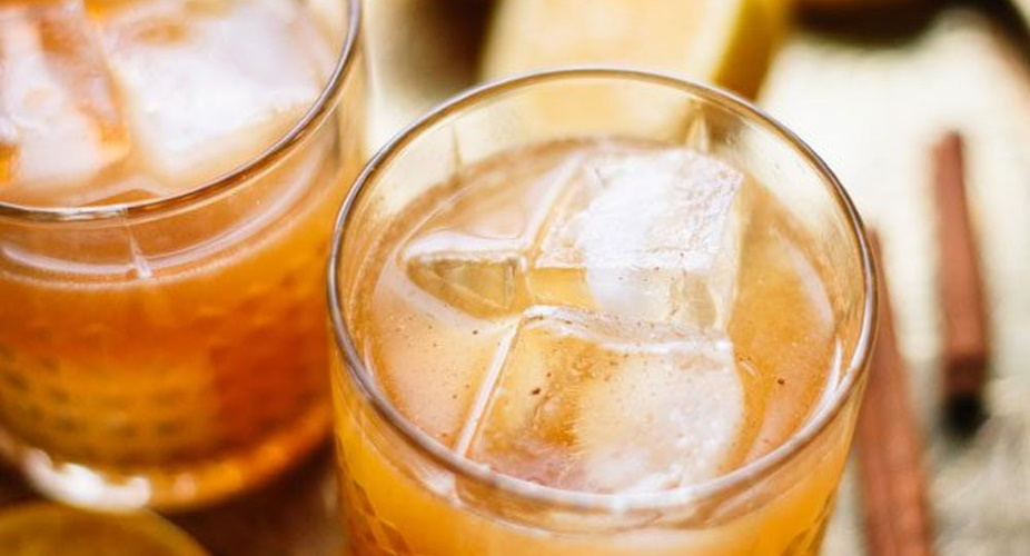 Cinnamon Maple Whiskey Sours
